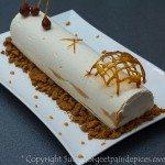 Bûche de Noël vanille, spéculoos et coeur fondant au caramel