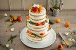 Naked cake aux abricots et au romarin