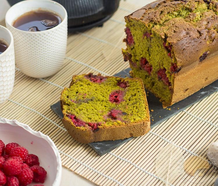cake au th matcha et la framboise sucre d 39 orge et pain d 39 epices. Black Bedroom Furniture Sets. Home Design Ideas