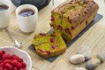 Cake au thé matcha et à la framboise
