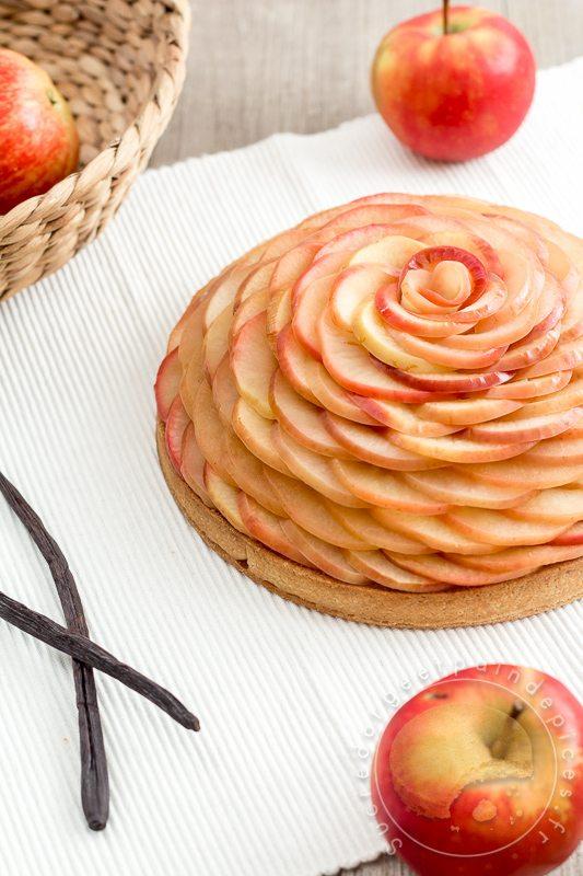 Tarte aux pommes inspiration c dric grolet sucre d 39 orge et pain d 39 epices - Sucre d orge et pain d epice ...