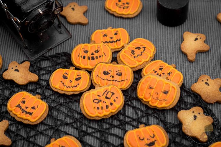 Effrayants Mais Adorables Petits Biscuits D Halloween Sucre D Orge Et Pain D Epices